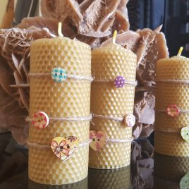 Rustic HoneyComb Pillar Candle – 13 cm high. Burning time up to 20 hours