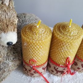 Deer HoneyComb Pillar Candle – 13 cm high
