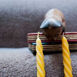 Slim Spiral Tapper Beeswax Candles with a Cute Cat Sculpture