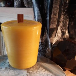 Large Size Votive Candle with wood wick. Burning time up to 30 h