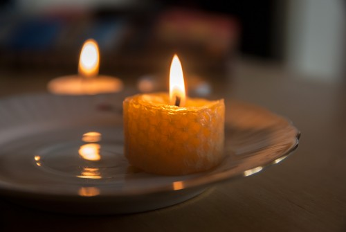 Testing The Burning Time of a HoneyComb Tealight Candle