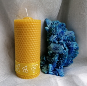 HoneyComb Pillar Candle beeswax natural